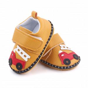 Pantofiori maro pentru baietei - Masinuta