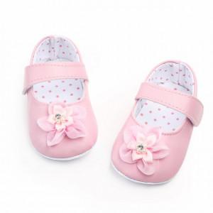 Pantofiori roz cu floricica din tulle pentru fetite