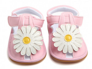 Sandalute fetite roz cu floare alba