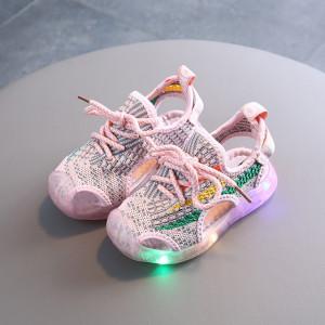 Adidasi decupati roz cu insertii colorate