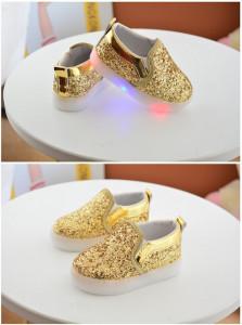 Balerini aurii cu talpa cu luminite