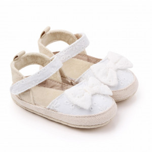 Pantofiori decupati cu fundita