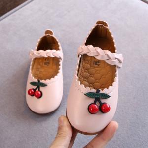 Pantofiori roz - Doua cirese