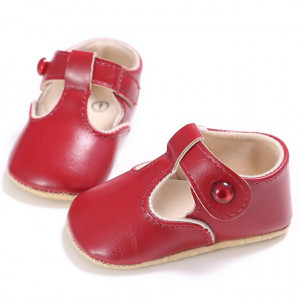 Pantofiori visinii cu nasturel