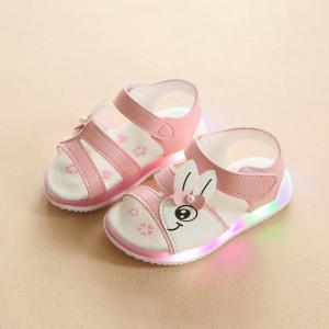 Sandale roz pentru fetite - Iepuras