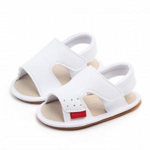 Sandalute albe pentru baietei