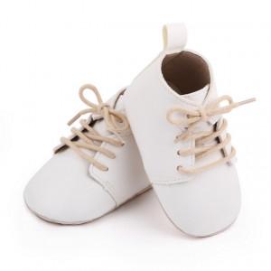 Ghetute albe cu sireturi pentru bebelusi