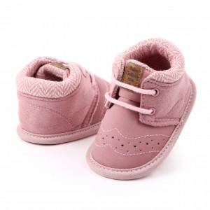 Ghetute roz pentru fetite