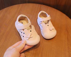 Pantofiori roz - Urechi de iepuras