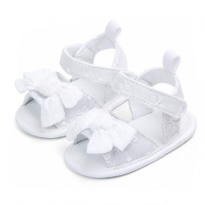 Sandalute fetite albe brodate