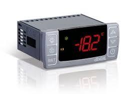 Controler temperatura Dixell XR40CX
