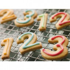 Set 9 numere din inox pentru biscuiti