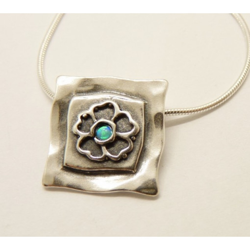 Colier din argint cu opal- N2389A