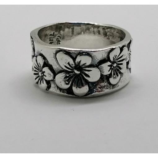 Inel argint flori R837