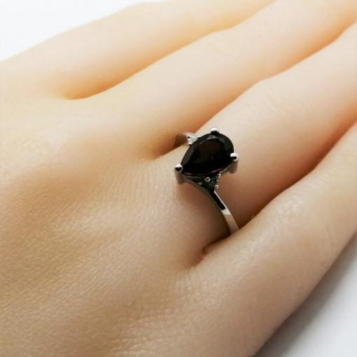 Inel delicat din argint cu granat -VR016673