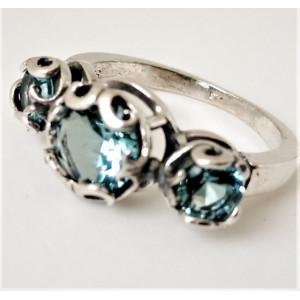 Inel din argint si topaz R7687