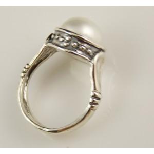 Inel din argint cu perla de cultura- R809