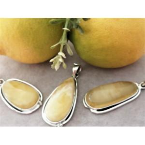 Pandantiv masiv din argint si chihlimbar galben - P812-3