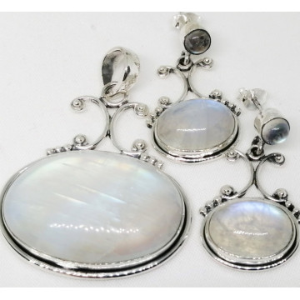 Set pandantiv si cercei din argint - SET 53-2 piatra lunii