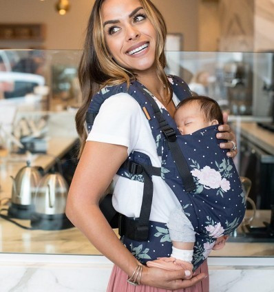 Poze TULA Baby Carrier Free to Grow - BLOSSOM