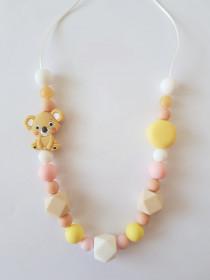 Colier de babywearing, alaptare si dentitie din silicon - Koala & macarons Pastel