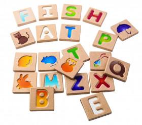Alfabet din lemn A-Z, Plantoys