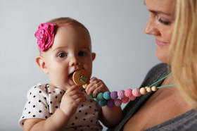 Colier babywearing si alaptare - Double Berry Wood, Ienupar - Kangaroo Care