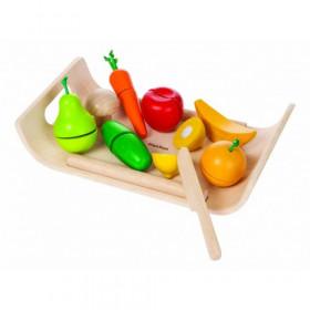 Set cu fructe si legume asortate din lemn, Plantoys