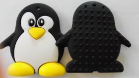 Colier de babywearing, alaptare si dentitie din silicon - Rainbow Pinguin