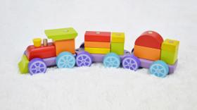 Trenulet 15 piese, Rainbow Express - Jucarie din lemn, Cubika