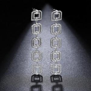 Milada Cercei Lungi Swarovski Crystals