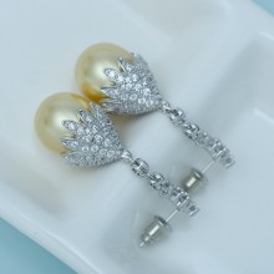 Cercei Perle Aurii Fantasia