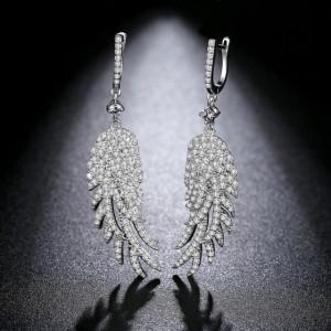 Cercei lungi cristale albe Valeria