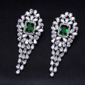 Cercei lungi cristale verzi Jacqueline