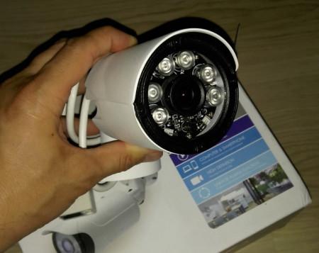 Poze Camera Ip Profesionala de Exterior cu inregistrare pe CARD WIFI & IR-Cut