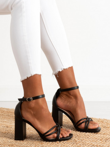 Sandale cu toc cod LT071 Black