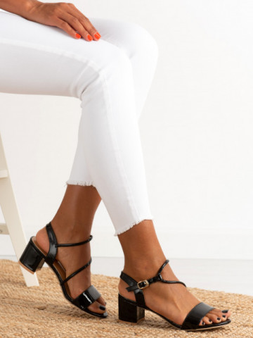 Sandale cu toc cod 19-02 Black