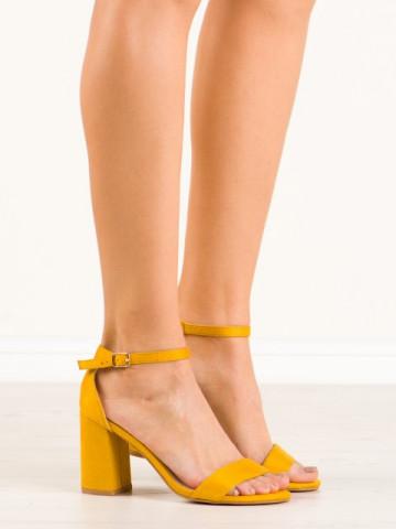 Sandale cu toc cod 6266-26 Yellow