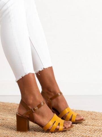 Sandale cu toc cod CS79 Brown
