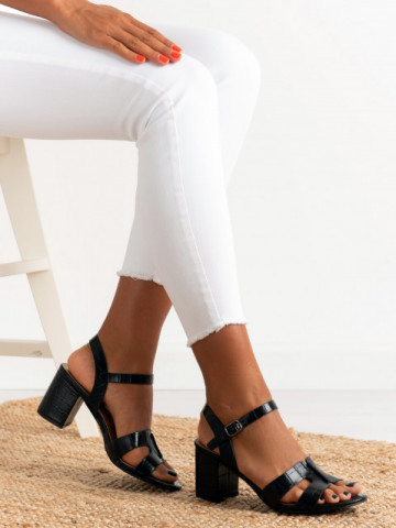 Sandale cu toc cod 11-06 Black