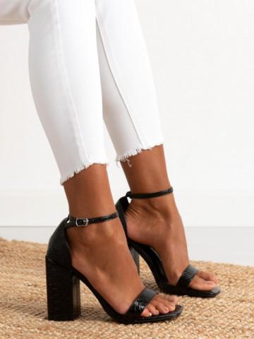 Sandale cu toc cod HP272 Black