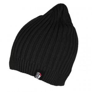 Caciula neagra tricotata Eiger