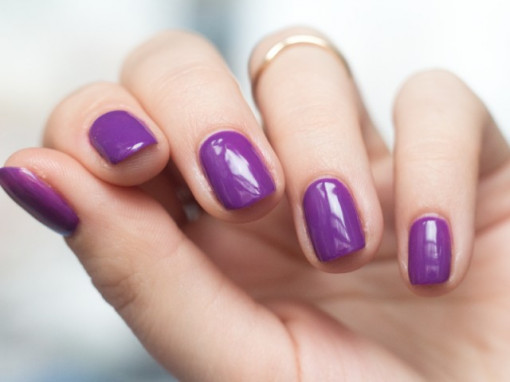 Gel color Semilac 147 Violet In The Dark