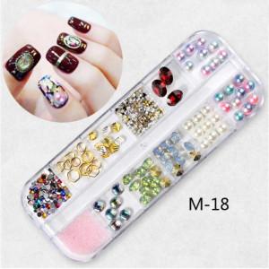 Set Strasuri Mix Design M18