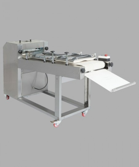 Masina de modelat lung