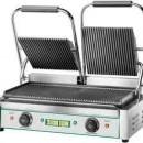 Toaster cu mecanism prin apasare pe placi