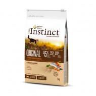 Hrana uscata pentru pisici True Instinct, Cat Sterilizat, Somon, 7 kg