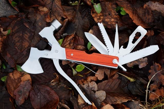 Imagine indisponibila pentru Briceag toporisca multifunctionala pentru camping
