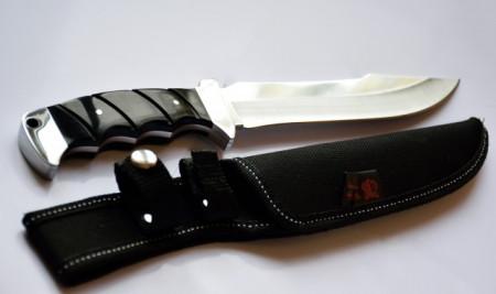 Cutit de vanatoare 30 cm, model Full Tang, teaca inclusa, maner negru