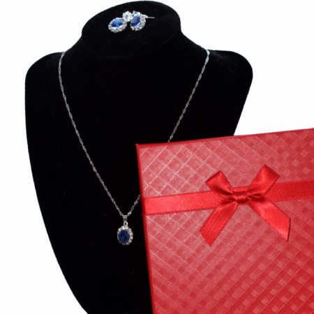 set cercei si colier in ctuei cadou